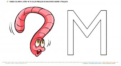 """A Minhoca e a Letra """"M"""" – Pintura e Colagem"""